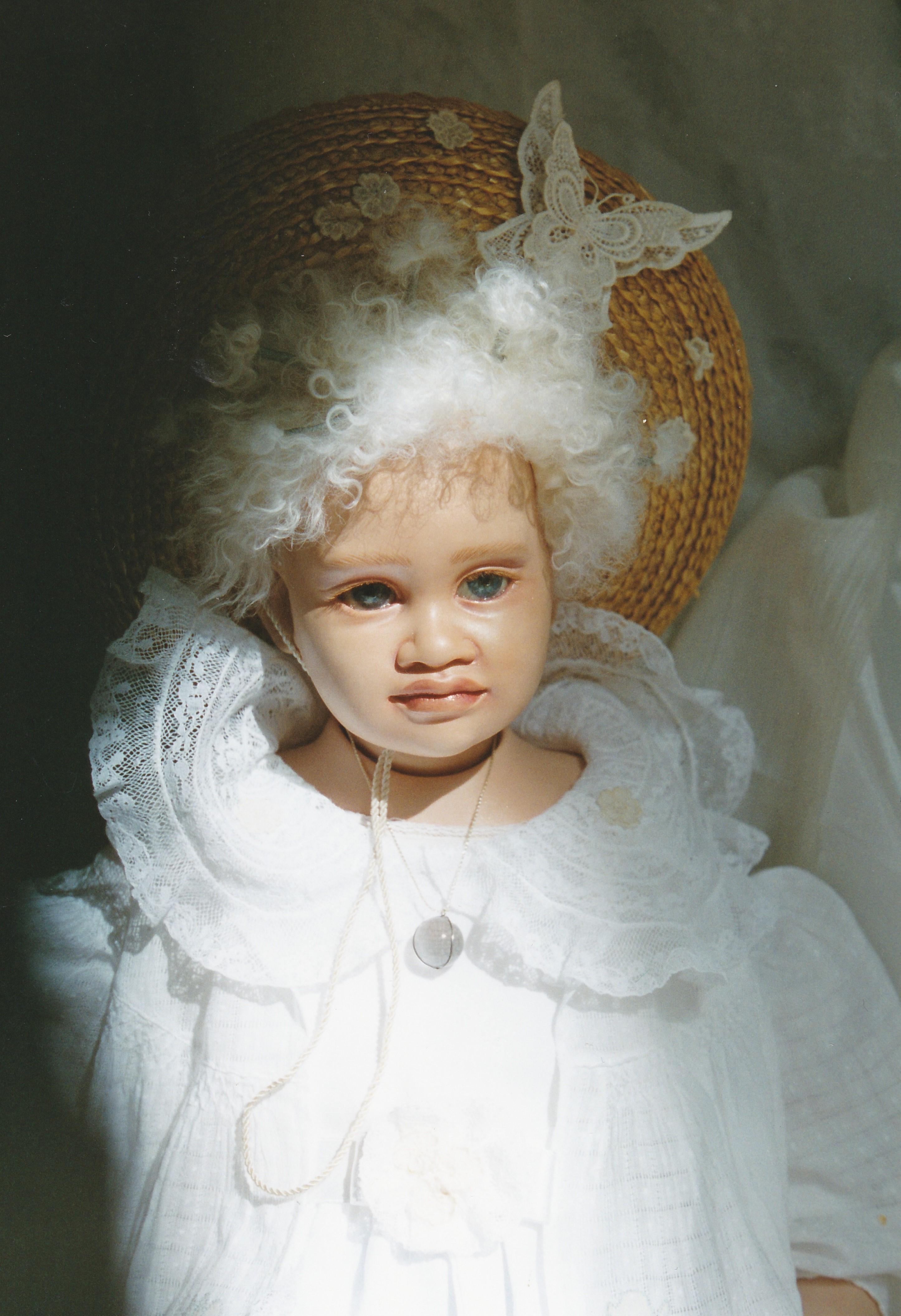 MAHE ALBINA